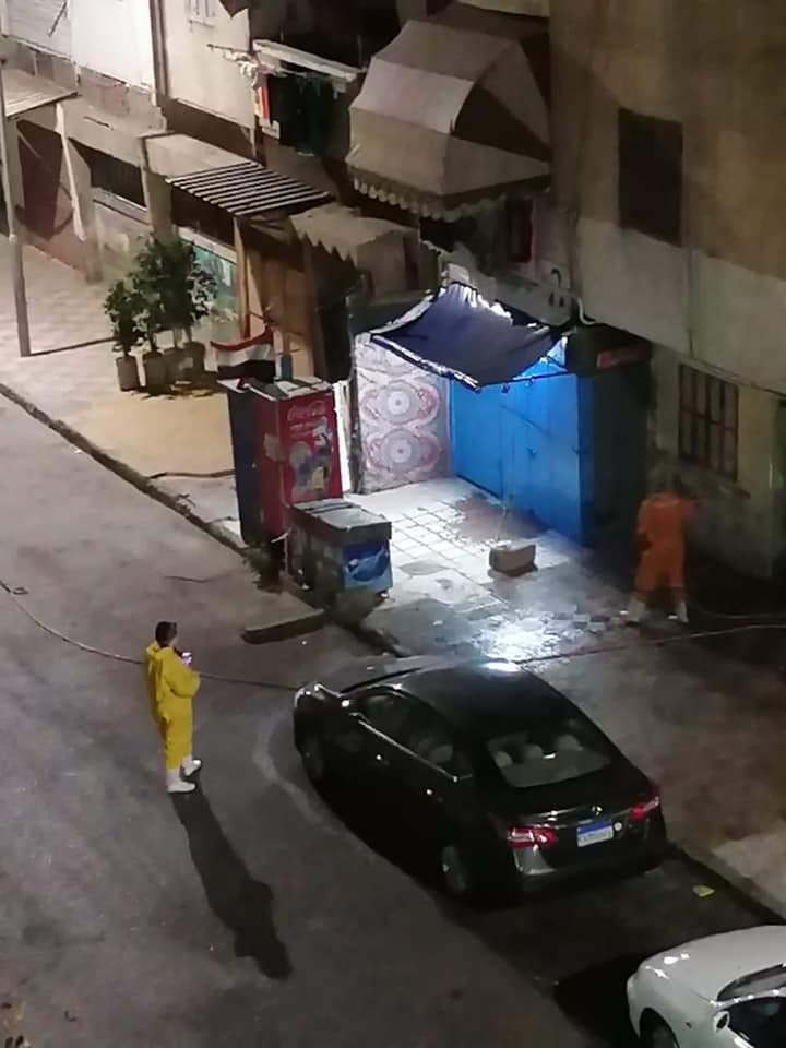 محافظ بورسعيد : استمرار اعمال تعقيم وتطهير كافة المناطق بالاحياء والمرافق والمستشفيات علي مدار اليوم
