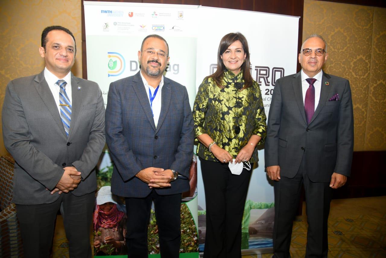 وزيرة الهجرة تشارك في فاعليات اليوم الرابع من أسبوع القاهرة للمياه 2021 في نسخته الرابعة….حرصنا على تقديم الدعم لجهود الدولة في مجالات تكنولوجيا الري والزراعة المستدامة من خلال علماء وخبراء مصر بالخارج